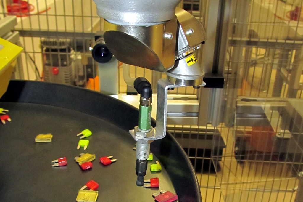 Fanuc M1iA parallel manipulator / Industrial Robotics